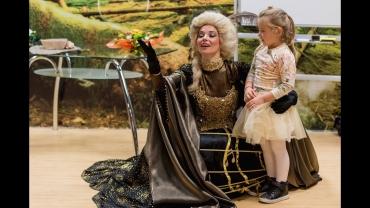 """Госпожа Опера разказва приказната история за """"Вълшебната флейта"""" на децата от район Южен"""