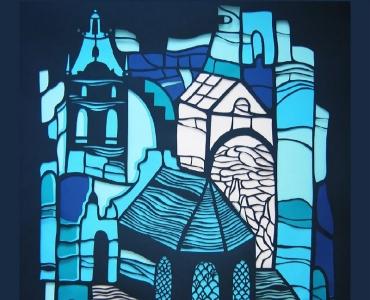 Украинска художничка подрежда картини в Стария град