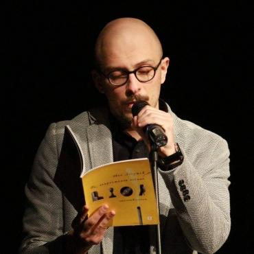 Писателят Иван Ланджев отговаря на въпроси на литературния клуб на ФЕГ Пловдив (видео)