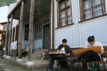 Закриват с изложба Международния пленер по живопис в къща Нишанян